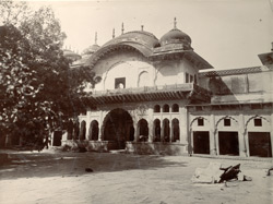 Old Palace, Deeg